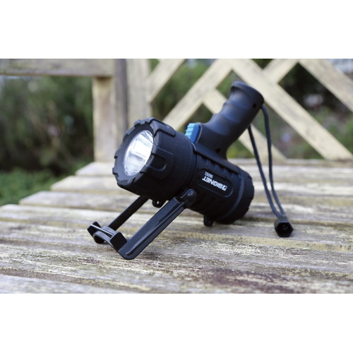 LEDスポットライト 単3×3本 電池なし